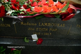 קבר אדית פיאף Edith piaf_2